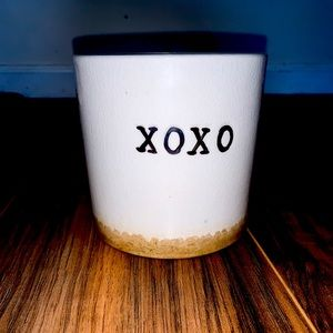 "❤️ ❤️XOXO"" Decor container"